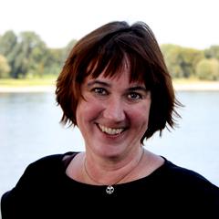 Dr. Sabine Schwarz